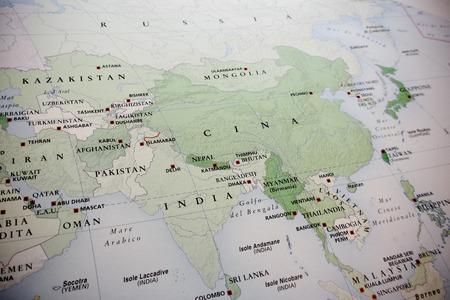 東の世界地図