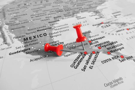 Rote Markierung über Guatemala Standard-Bild - 48539750