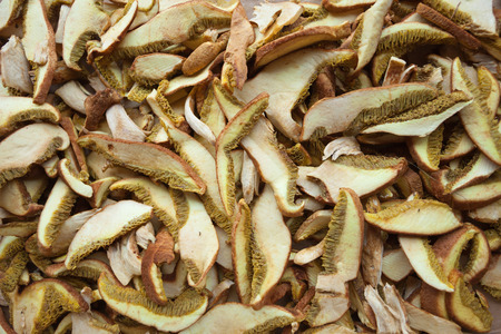 cantharellus: Dried mushrooms as texture