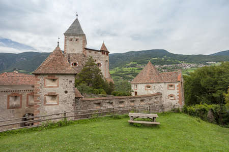 VAL ISARCO, ITALY - JULY 27, 2017: Castel Trostburg it is one of the largest fortified complexes in South Tyrol. The history of the fortress dates back to the XII century Banco de Imagens - 142677411