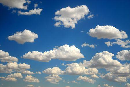브릴리언트 블루 스카이에 대한 구름