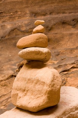 balanced rocks: Rocks stacked on top of each other forming a cairn. Stock Photo