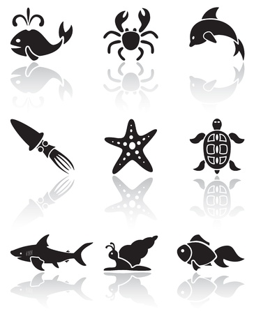 Zestaw czarnych ikon zwierząt morskich na białym tle, ilustracji