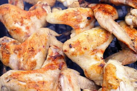 marinated chicken wings grilled, macro