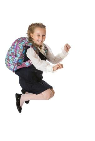 colegiala: Colegiala chica diversión salta en el descanso - aislada sobre fondo blanco