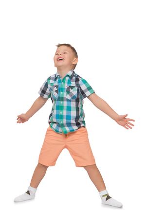 beine spreizen: Das Kind jubelt weit gespreizten Armen und Beinen - Isoliert auf wei�em Hintergrund