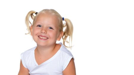 Portrait of a little girl close-up.Isolated on white background. Foto de archivo - 133517624