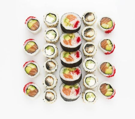 Japanese food sushi roll set isolated on white background. Top view, flat lay Stockfoto - 139662385