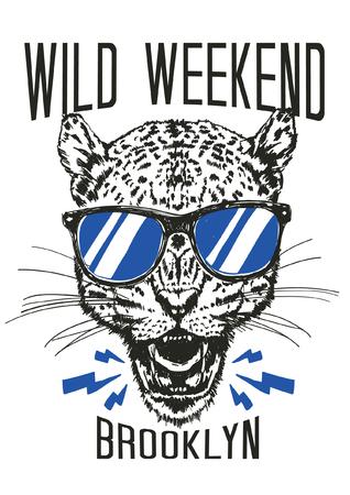 Hand drawn cheetah vector design for t shirt printing Vectores