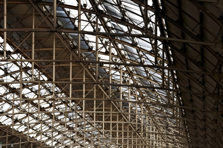 piccadilly: Metal roof structure of Manchester Piccadilly rail station Stock Photo