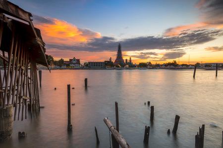 wat: Wat Arun Stock Photo