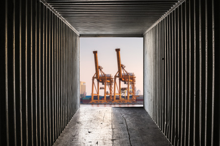 tonnage: In container