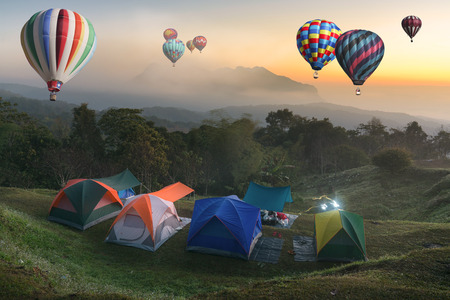 voyage: Tent travel balloon travel