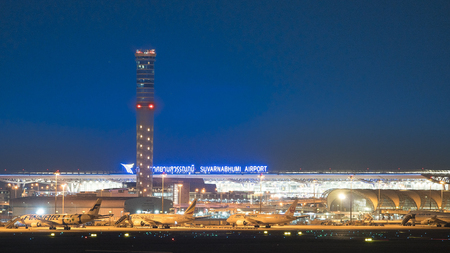 BANGKOK Suvarnabhumi Airport on the night of December 16, 2017 in Bangkok, Thailand. This airport is the third largest airport building in the world designed by Helmut Jahn. Редакционное