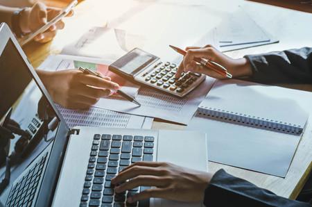 teamwork zakelijke vrouw boekhouding concept financieel in kantoor Stockfoto