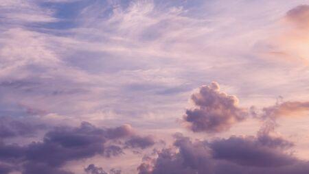 beaultiful blue sky with cloud 版權商用圖片