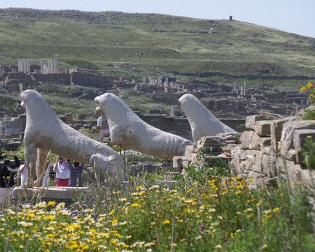 Lions des Naxiens, anciennes statues de lion, symbole du site archéologique de Délos, île de Délos, Mykonos, Grèce