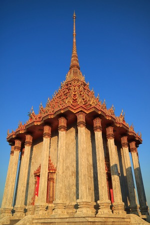 Gorgeous Architecture Called Mondop in Wat Khao Di Salak Buddhist Temple, Suphanburi Province, Thailand 版權商用圖片
