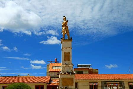 Monument to Colonel Francisco Bolognesi Cervantes on the Plaza de Armas Square, of Puno, Peru, South America 版權商用圖片