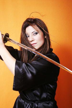 samoerai: Ogen op de vijand - Schommels een zwaard, haardroger swooshes, ogen intentieverklaring.