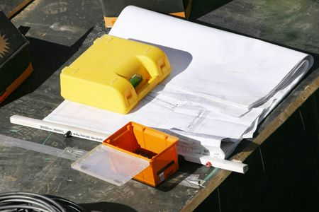 worksite: Plans on a worksite, an inspection box and toolbox