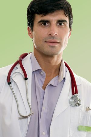 male doctor: Medico o operaio maschio del healthcare in uniforme