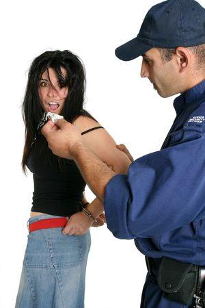 handcuffed: Het bezit van drugs. De aangehouden vrouw gevonden met het bezit van drugs