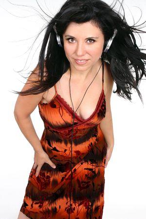 ecoute active: Active f�minine �coute de la musique gr�ce � un casque d'�coute haute fid�lit�