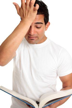 desilusion: Un estudiante de estudiar o de aprendizaje con un estr�s, preocupada, frustrado o expresi�n de angustia.   O una mirada de error, error, olvido, decepci�n.