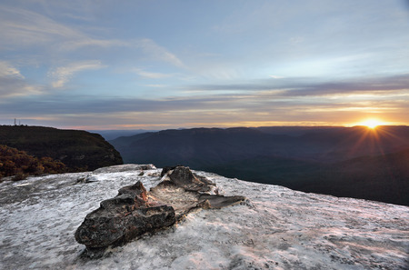 tableland: Beautiful sunset from Lincolns Rock,  on the Kings Tableland, Wentworth Falls in the magnificent Blue Mountains, Australia Stock Photo