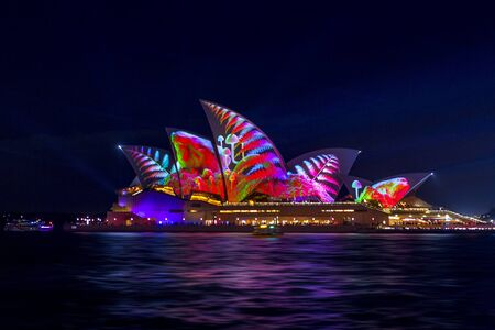 Sydney, Australia - May 25, 2018;  Sydney Opera House illuminated with beautiful vibrant imagery during the annual Vivid Sydney celebrations Éditoriale