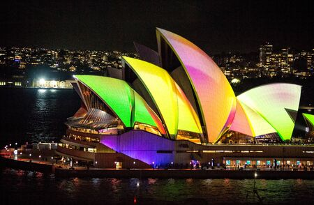 Sydney, Australia - May 29, 2018;  Sydney Opera House illuminated with beautiful vibrant images, bold colours during the annual Vivid Sydney celebrations Éditoriale
