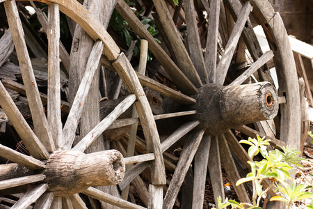 unavailable: Old wagon wheels that unavailable are consolidated for woodworking enthusiasts and the general public.