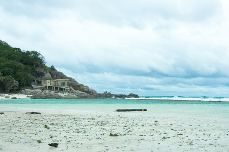 Nangyuan Island is located in the Gulf of Thailand. Nangyuan is a quiet island where cars or bikes are none. There are fantastic diving sites, just close by.