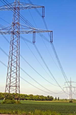 Pylon powerline