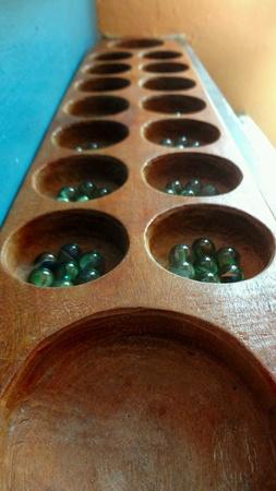 kampung: Glass Marbles Congkak