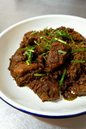 beef curry: Beef Rendang Dry Beef Curry
