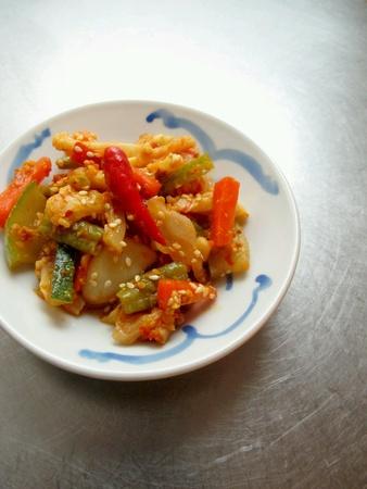 pickles: Malasia vegetal Alimentos Acha Achar Pickles Foto de archivo