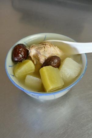 Nourishing Chinese Daikon White Radish Soup
