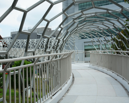 flyover: moderne viaduct