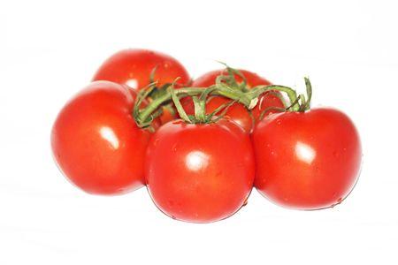 白い背景に分離されたチェリー トマト