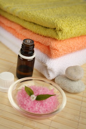 Aromatherapy oil, salt and towels. Stock Photo - 4544079