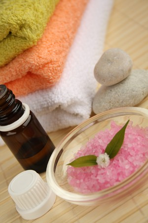 Aromatherapy oil, salt and towels. Stock Photo - 4544076