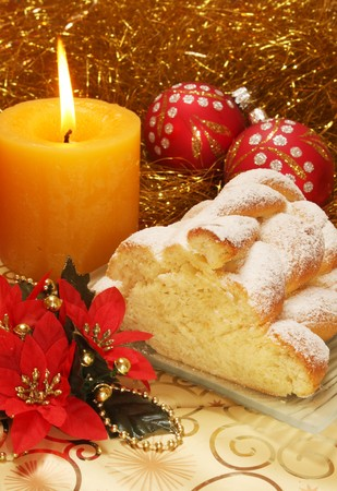 Christma cake and christmas decorations.