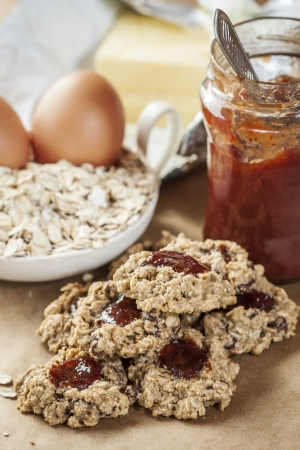Cookies made from oat flakes and marmalade