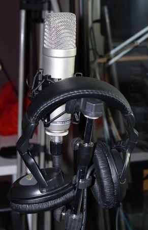 microphone and headphone photo