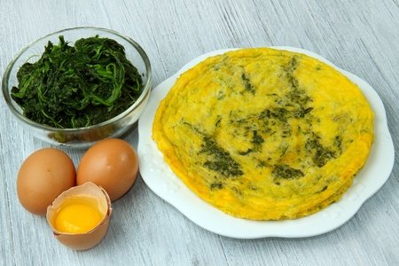 omelette with spinach and cheese