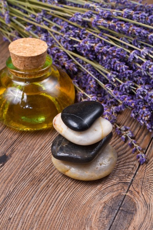 wooden aromatherapy: lavender and stones
