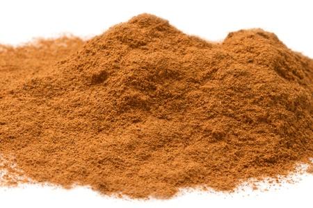 cinnamon bark: aromatic cinnamon sticks close up