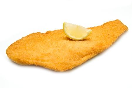 pescado frito: Filete de pescado frito en el fondo blanco Foto de archivo